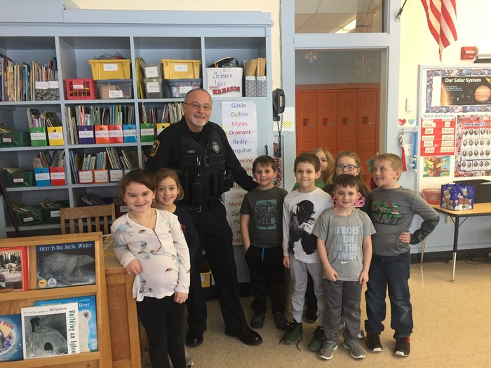 Officer King visits VRS first grade!